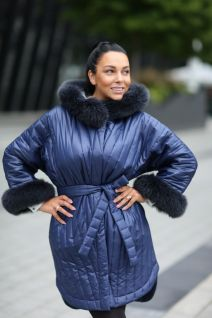 Hooded jacket with fox fur in blue color