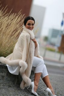 Cashmere shawl beige with fox Beige